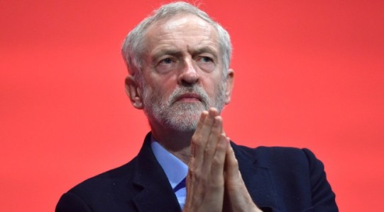 Corbyn prays