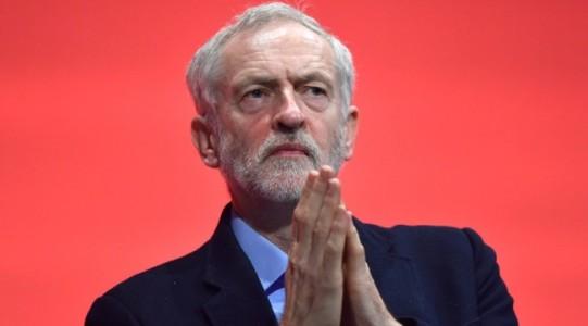 Corbyn prays